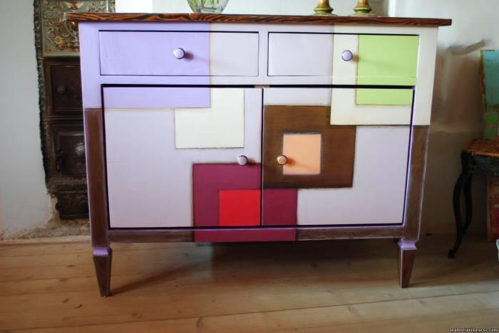 bemalte mobel romantischen motiven haus design und m bel. Black Bedroom Furniture Sets. Home Design Ideas